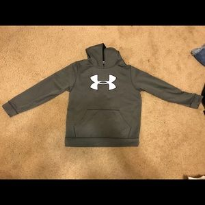 Under armor grey sweatshirt